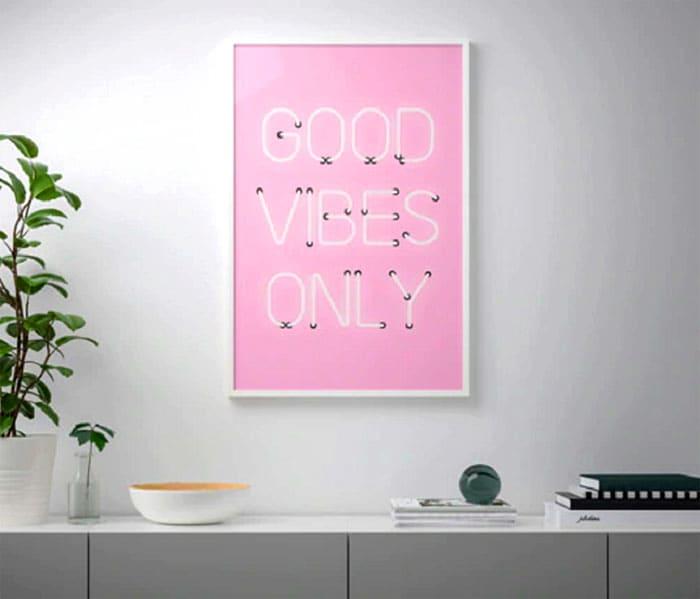 Цена постера «Good vibes» 299 рублей