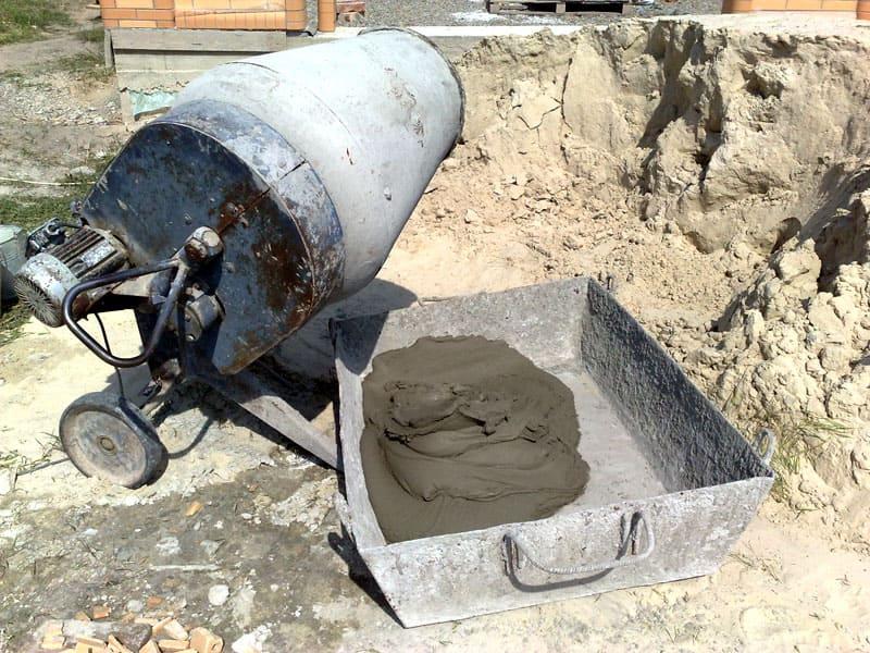 Теперь можно забыть о миксере, песке и цементе – установка столбов максимально упрощена
