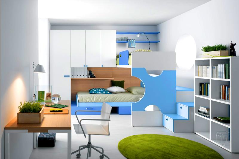 Если две сестры живут в одной комнате, можно использовать не стандартную двухъярусную кровать, а красивую и оригинальную мебель