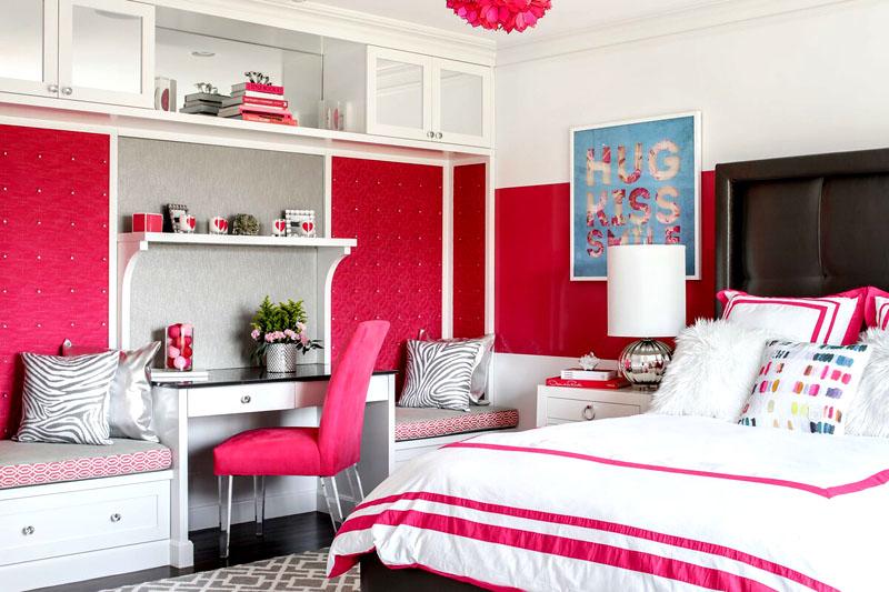 Девочка 15-16 лет будет в восторге от красиво оформленной комнаты в розовом цвете