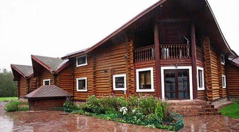 Площадь дома составляет более 500 м²