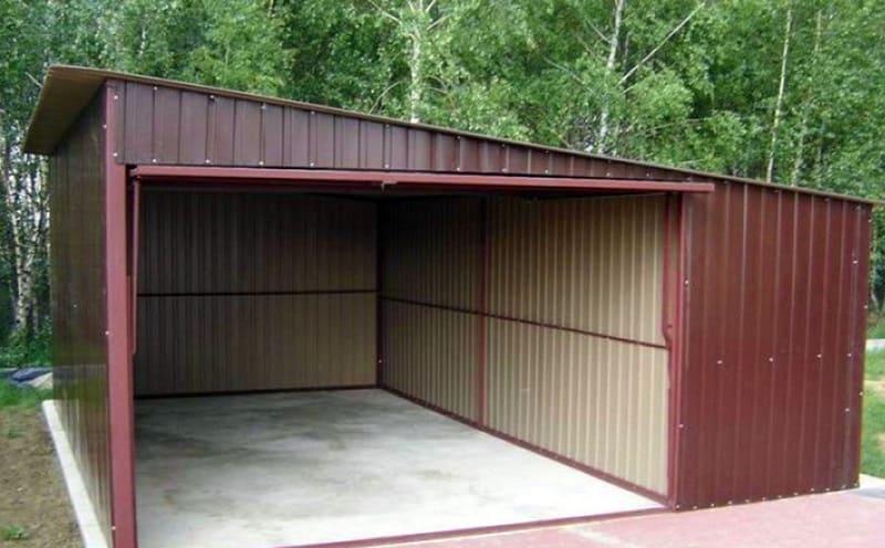 Такой гараж можно с лёгкостью разобрать и собрать, как конструктор