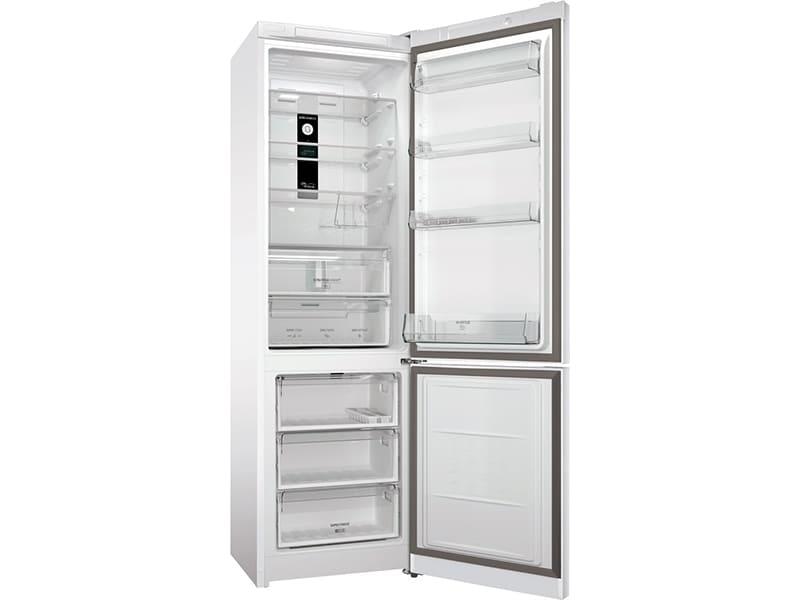 По сути, внутреннее убранство холодильников немного отличается лишь размещением полок и объёмами