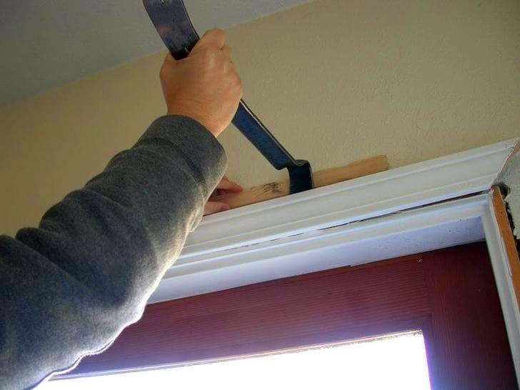 Большинство людей по ошибке считают, что демонтаж двери – простая процедура и не доставит сложностей