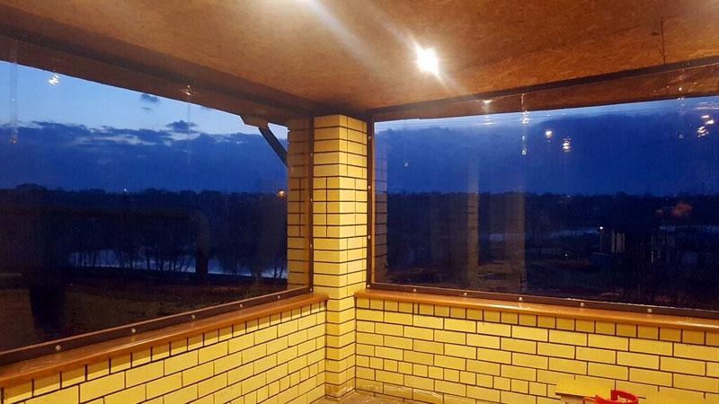 Цена на мягкие окна за м² начинается от 900 рублей в зависимости от толщины и качества плёнки