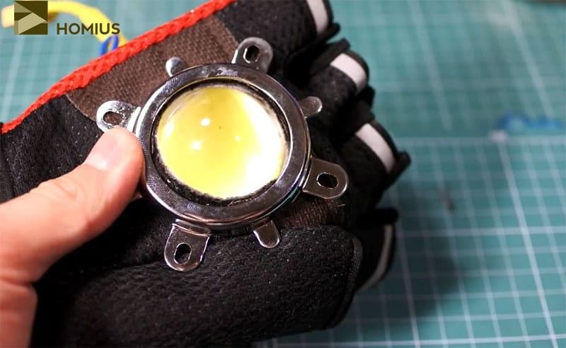 Последний штрих: крепление светодиода на ладони перчатки