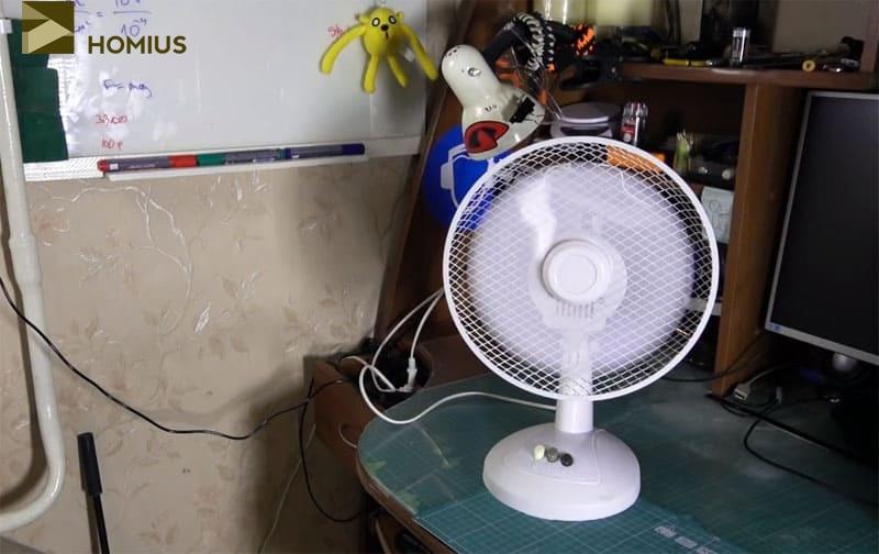Вентилятор вращается, что видно невооружённым взглядом