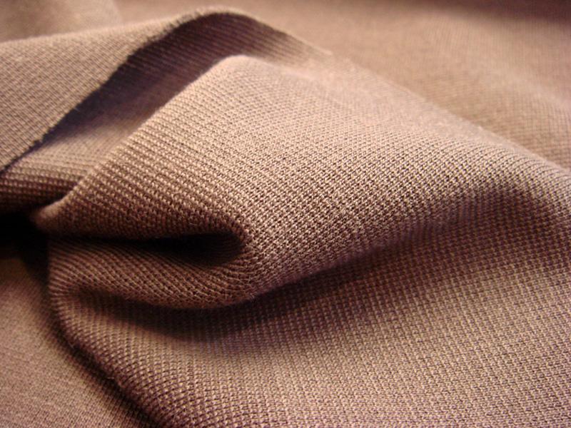 Для тонкой ткани используются только плоскошовные нити