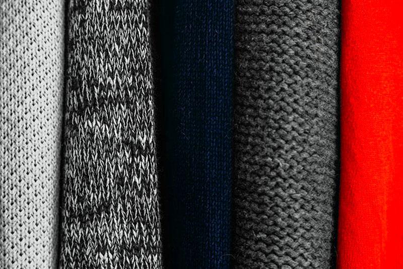 Во время шитья необходимо учитывать плотность ткани и подбирать правильные лекала