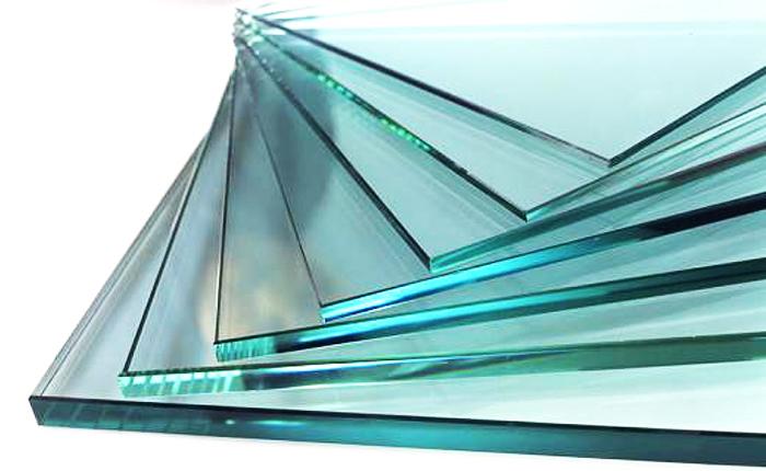 Хорошее стекло высокого качества практически бесцветно
