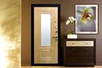 Зеркало напротив входной двери - всегда ли это решение правильно