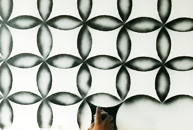 Кто-то возможно поспорит, что это стека и назовет рисунок четырёхлистниками, ну это уже зависит от восприятия