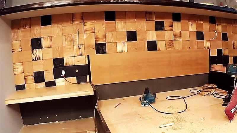 Стена закончена, можно наводить порядок в комнате