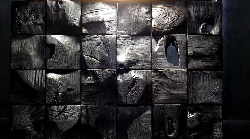 Обугленная древесина добавит контраста стене