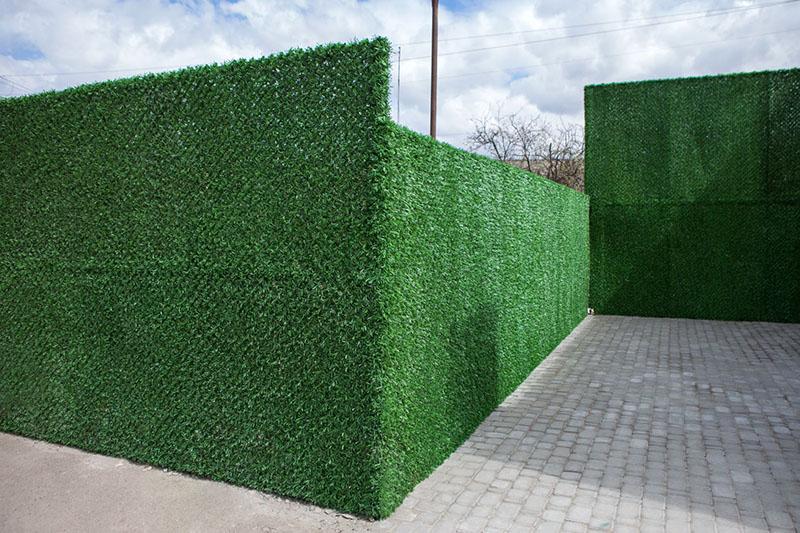 Забор-ковёр