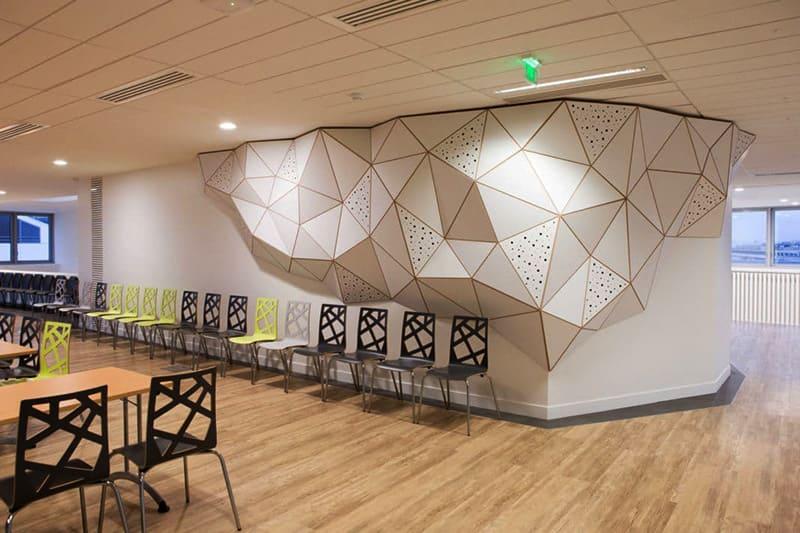 Современные технологии позволяют комбинировать декоративную отделку панелей