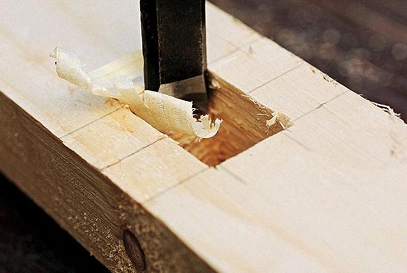 Стамеска — один из основных инструментов столяра