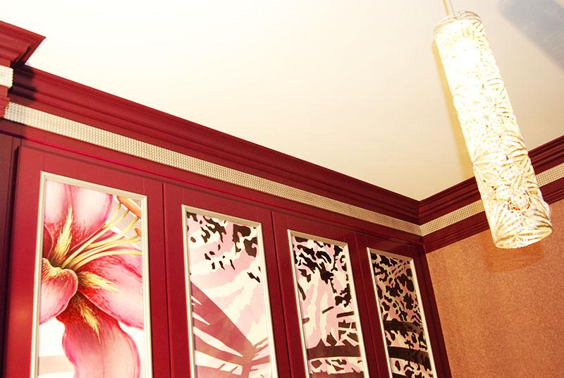 Цветные панели украсят любую квартиру
