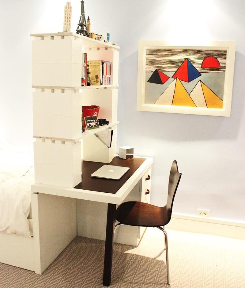 Всего несколько блоков могут полностью видоизменить и сделать более комфортным интерьер комнаты