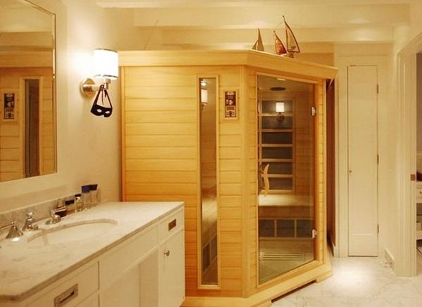 Для просторной комнаты можно выбрать вариант побольше и наслаждаться паром вместе с друзьями