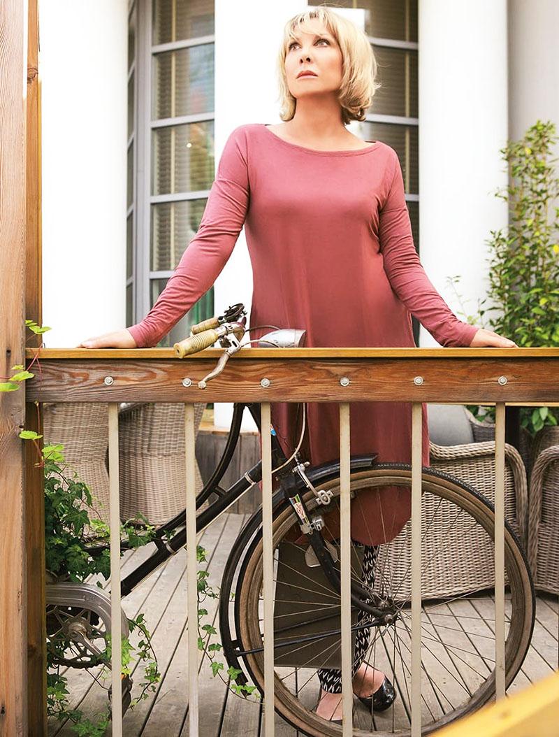В своём загородном доме актриса проводит всё свободное время
