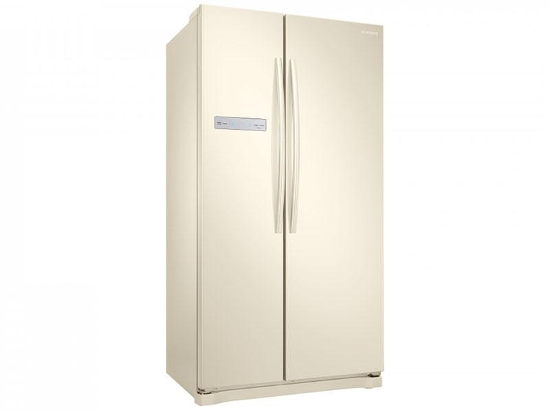 Дизайн холодильников как и всегда более чем лаконичен