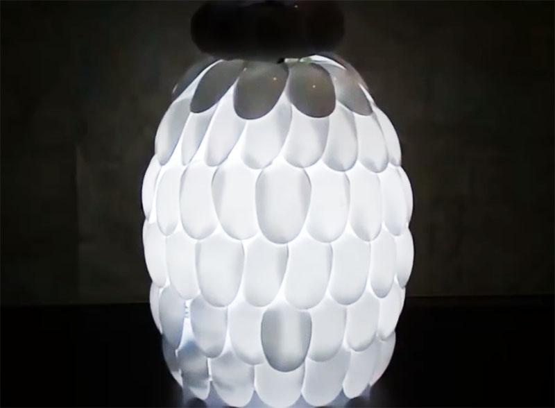 Готовый светильник, который уже можно повесить