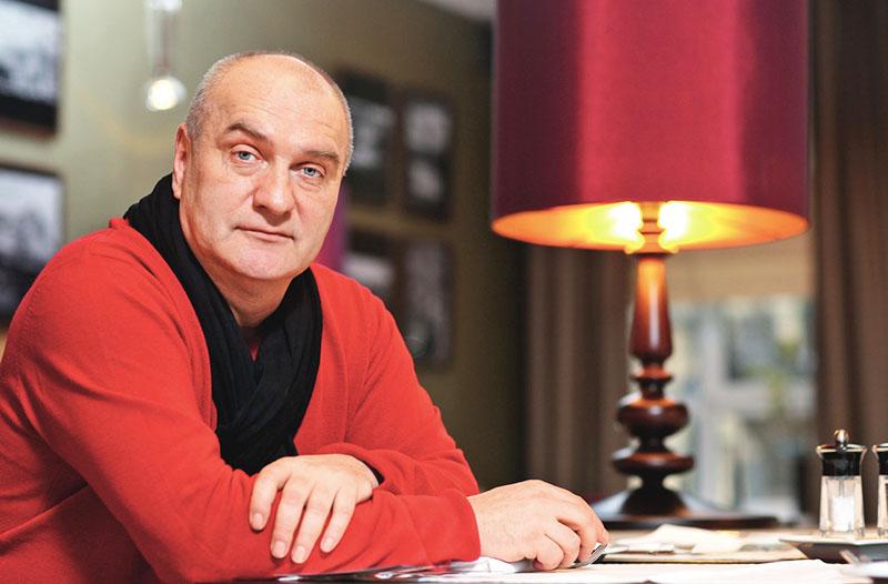 Александр Балуев и его квартира