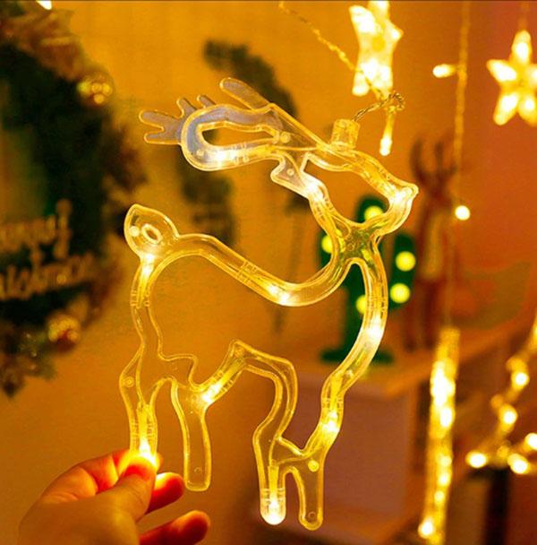 В наборе несколько вариантов новогодней символики