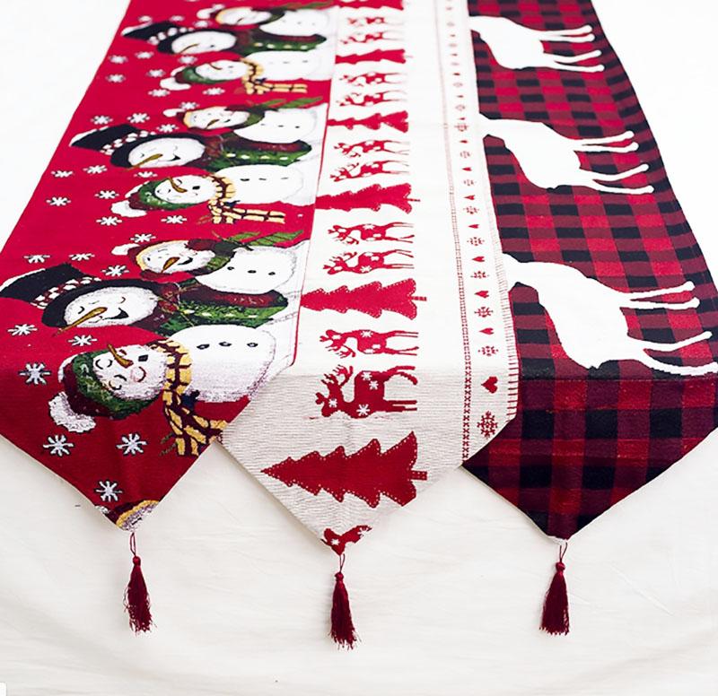 Такие полотенца могут стать прекрасной защитой для нарядной одежды ваших гостей во время трапезы