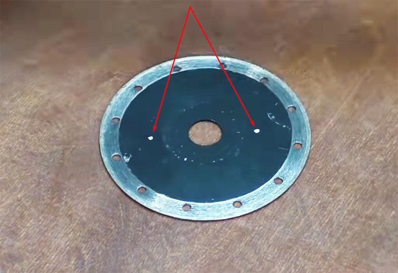 Разметка под крепёжные отверстия на диске с алмазным напылением