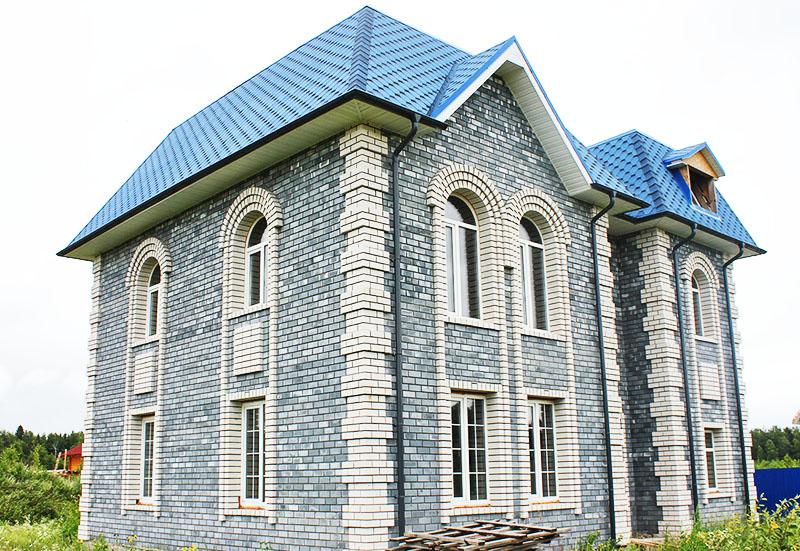 Вряд ли кто скажет, что дом построен из керамзитобетонных блоков