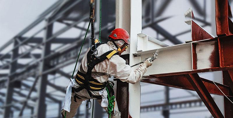 Обработка огнезащитной краской обязательна для всех несущих конструкций
