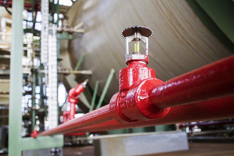 При нагреве капсула лопается, и клапан открывает проход для порошка или газа