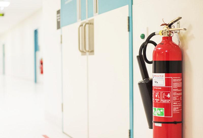 Огнетушители должны быть расположены в определённых местах