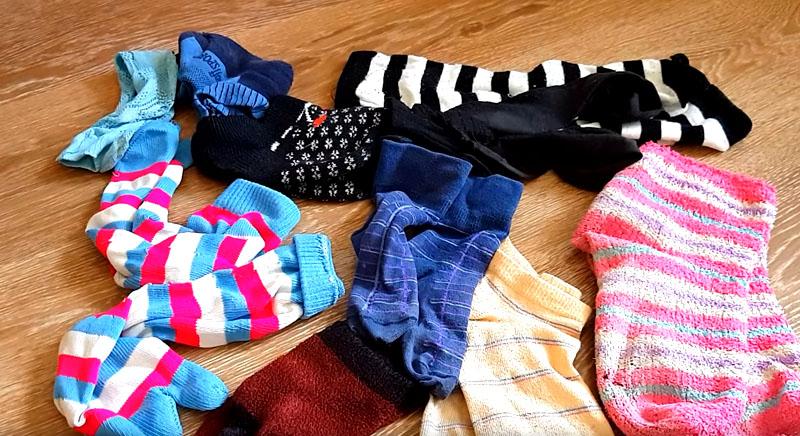 Ковёр из старых носков