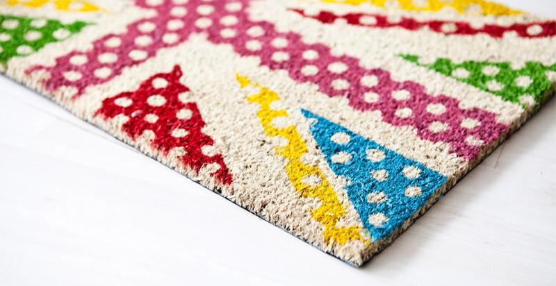 Выбирая коврик, стоит учитывать степень влажности в помещении