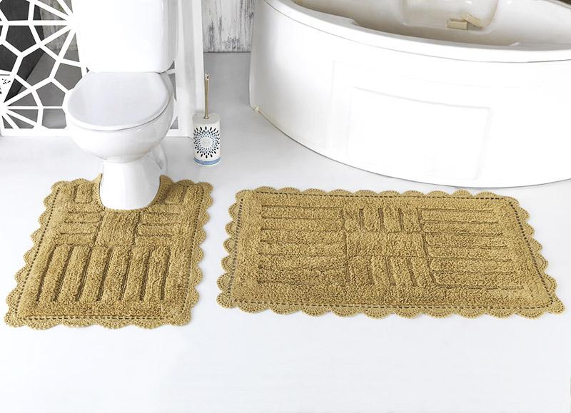 Синтетический коврик тоже может хорошо подходить под интерьер