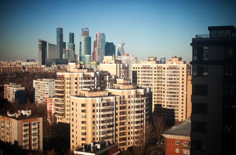 Из окон квартиры на Мосфильмовской открывается чудесный вид на столицу