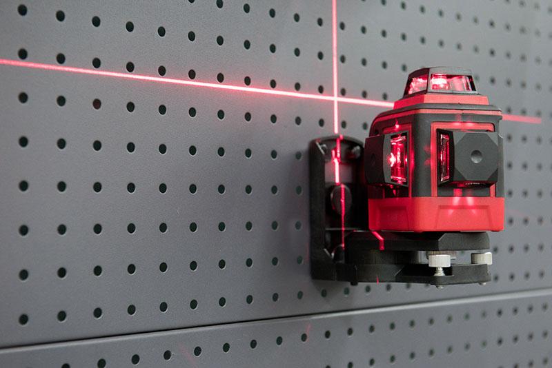 Лазерный уровень – незаменимое устройство при производстве любых работ