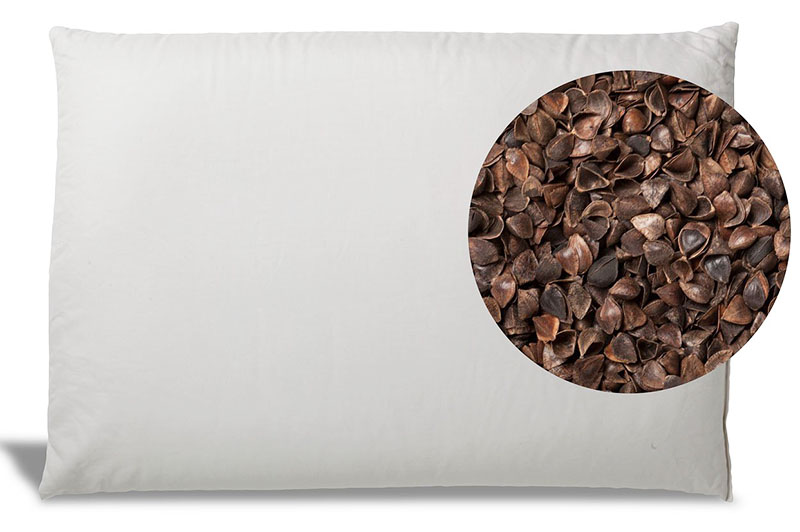Уход за натуральными подушками не простой, лучше отдавать изделия в химчистку