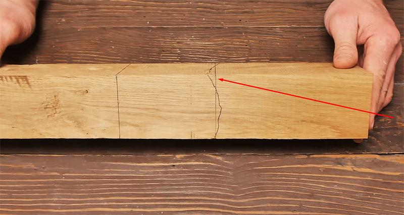 Ломаная линия нарисована, осталось примерно по ней разделить брусок