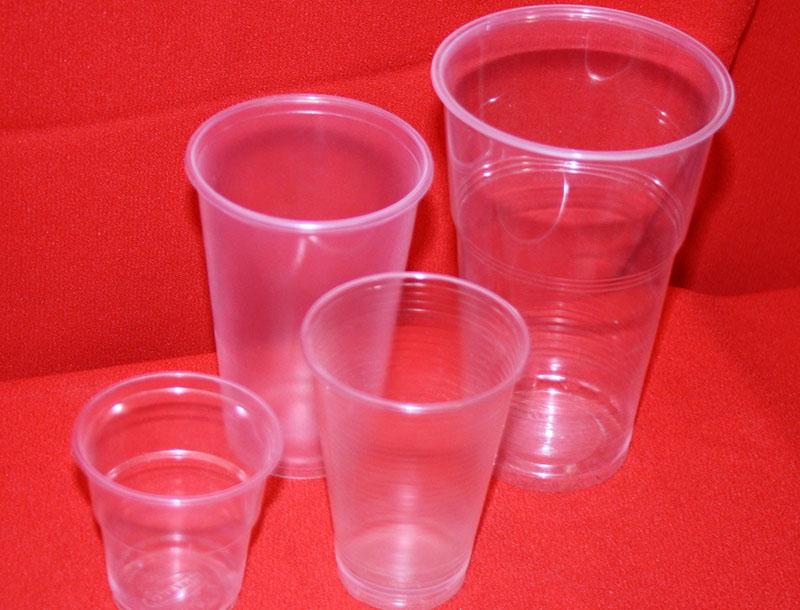 Одноразовые стаканчики, как материал для прекрасного кашпо