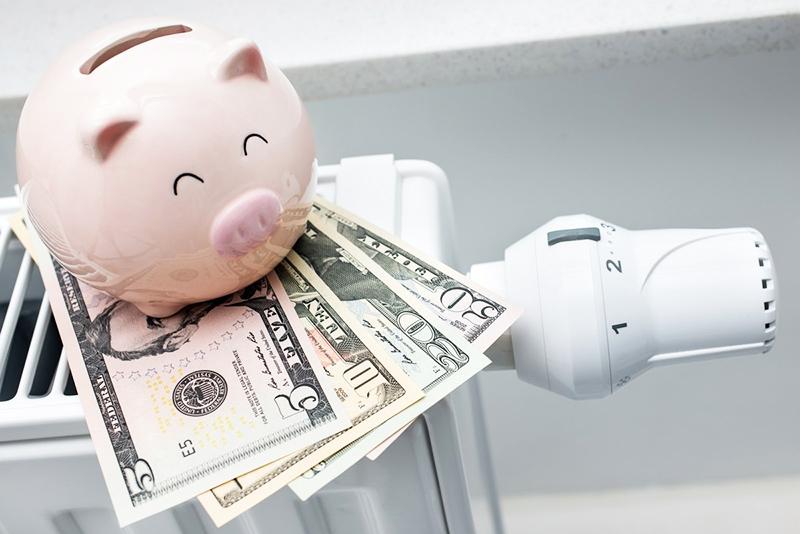 Если установлен единый водонагреватель на дом, за обслуживание и ремонт платят все жильцы