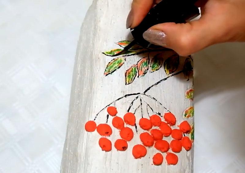 Наступил момент раскрашивания деталей. Не забудьте о том, что необходимо дождаться высыхания поверхности, только после этого наносить краску