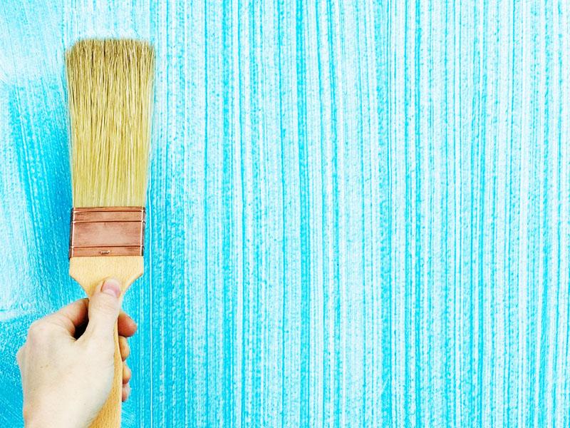 Такая краска позволяет выполнить множество различных вариантов декора