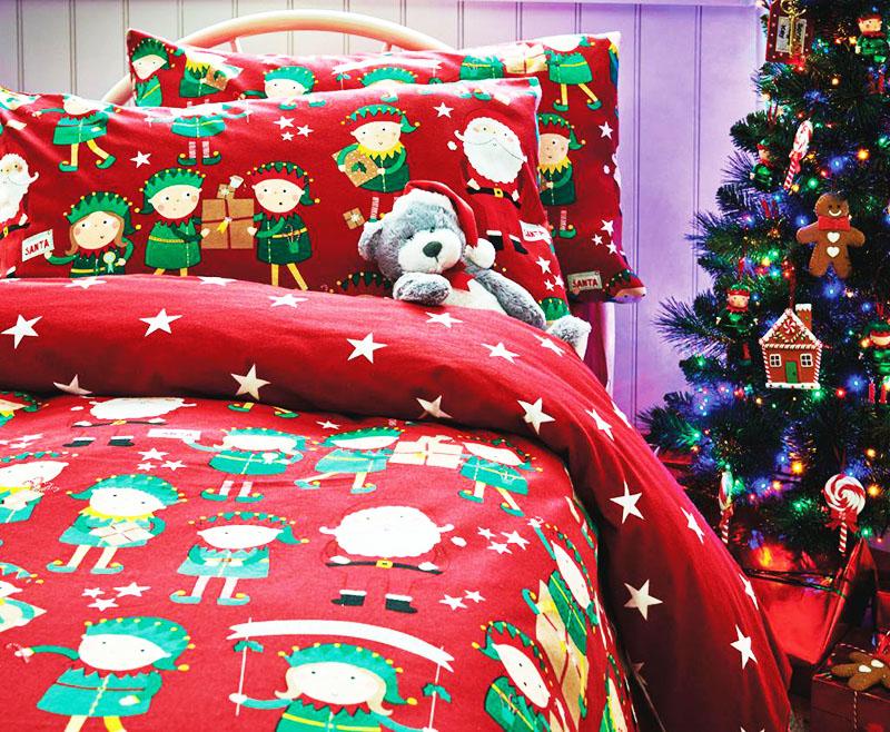 Даже постельное бельё говорит о празднике