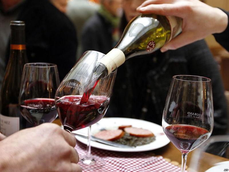 А недопитое вино вполне может быть дополнительным ингредиентом для жарки мяса