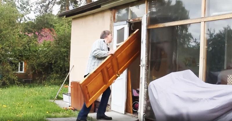 Что можно сделать из старой двери