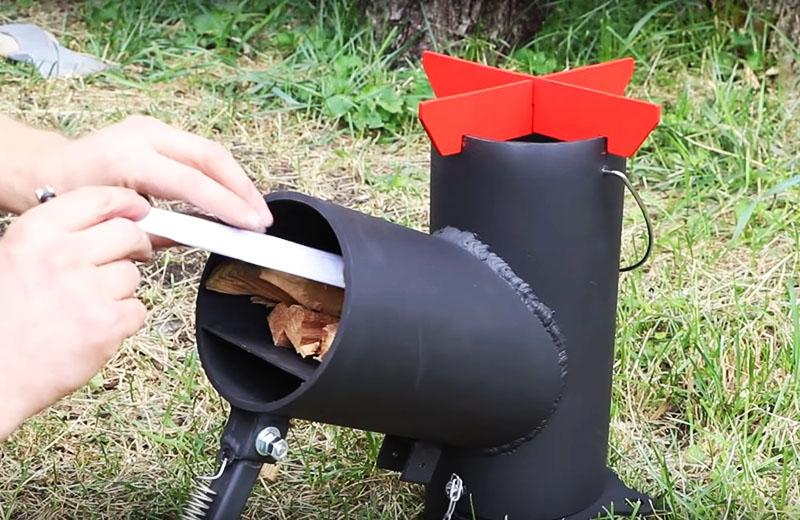 Остаётся только покрасить мобильную печь огнеупорной краской и пользоваться в своё удовольствие